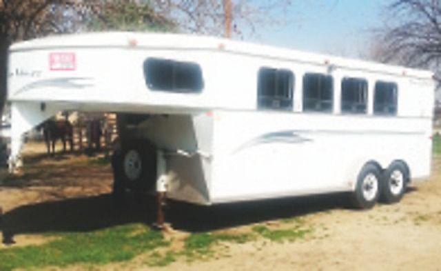 4 Horse Trails West Trailer, Good Condition Call 661-399-4832 or 661-747-6891