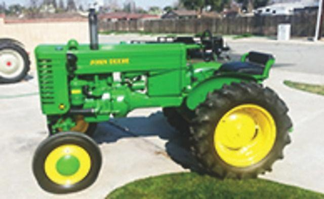 1949 Vintage John Deere M Finished Ready To Show 661-399-4832 Or 661-747-6890
